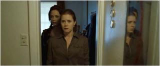 Les 2 soeurs découvrent leur 1ère scène de crime...