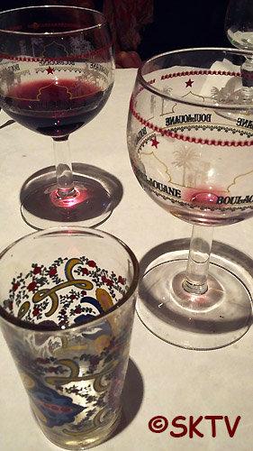 Les verres décorés au Couscous des Batignolles