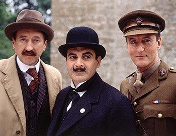 La Mystérieuse Affaire de Styles : Japp, Poirot et Hastings