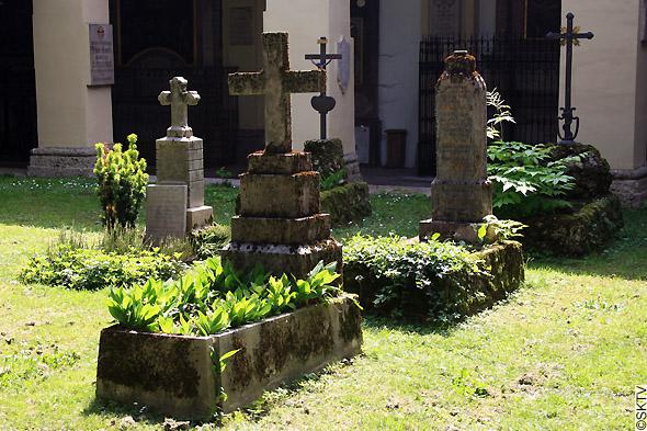 Cimetière St. Sebastian de Salzbourg : tombes feuillues