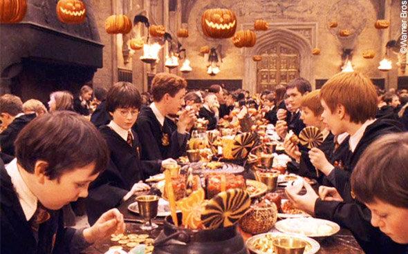 Recettes Harry Potter : vue du banquet d'Halloween à Poudlard
