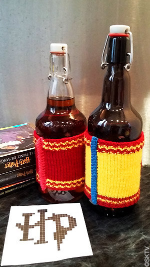 Butterbeer cosy : les finitions contrastantes au crochet