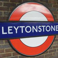 Les mosaïques de Leytonstone à Londres : hommage à HITCHCOCK…