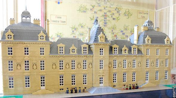 Enquête à Cheverny : la maquette du château, composée de près de 30.000 briques LEGO(R)