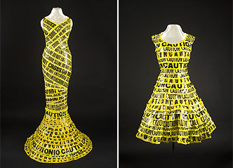 Des robes en ruban scène de crime : un avertissement à prendre soin de la planète !