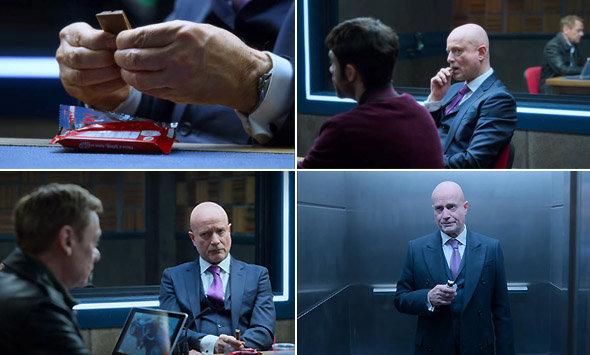 Série Netflix Criminal : gag visuel, l'avocat de Yilmaz et sa barre chocolatée...